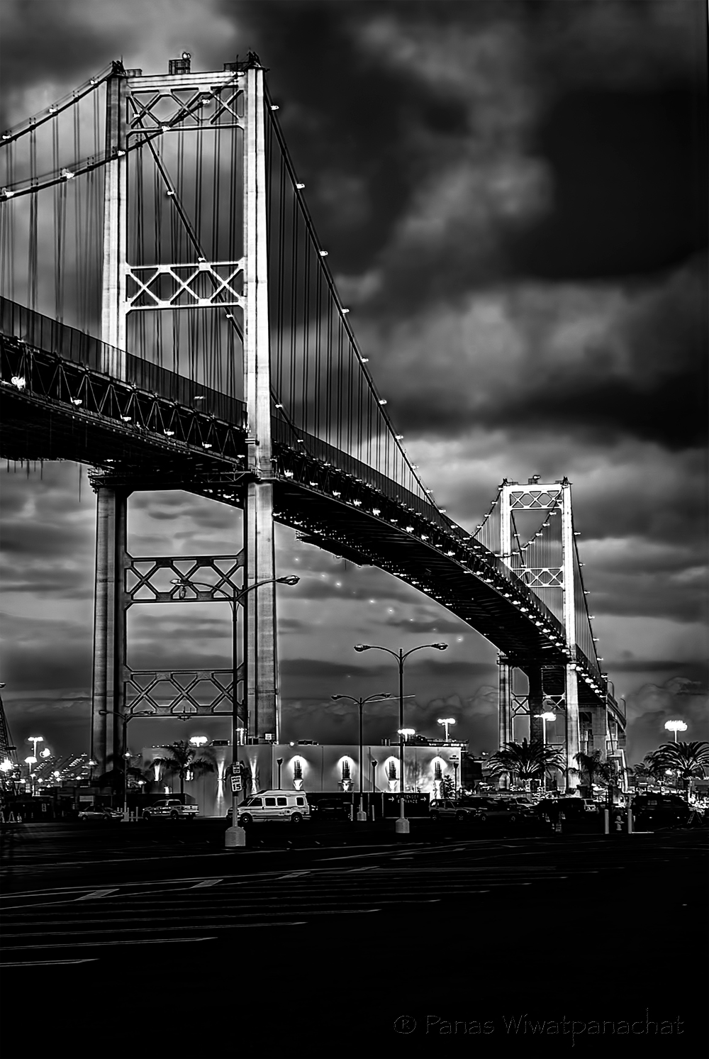 Vincent-Thomas-Bridge-Blk-n-Wht.jpg
