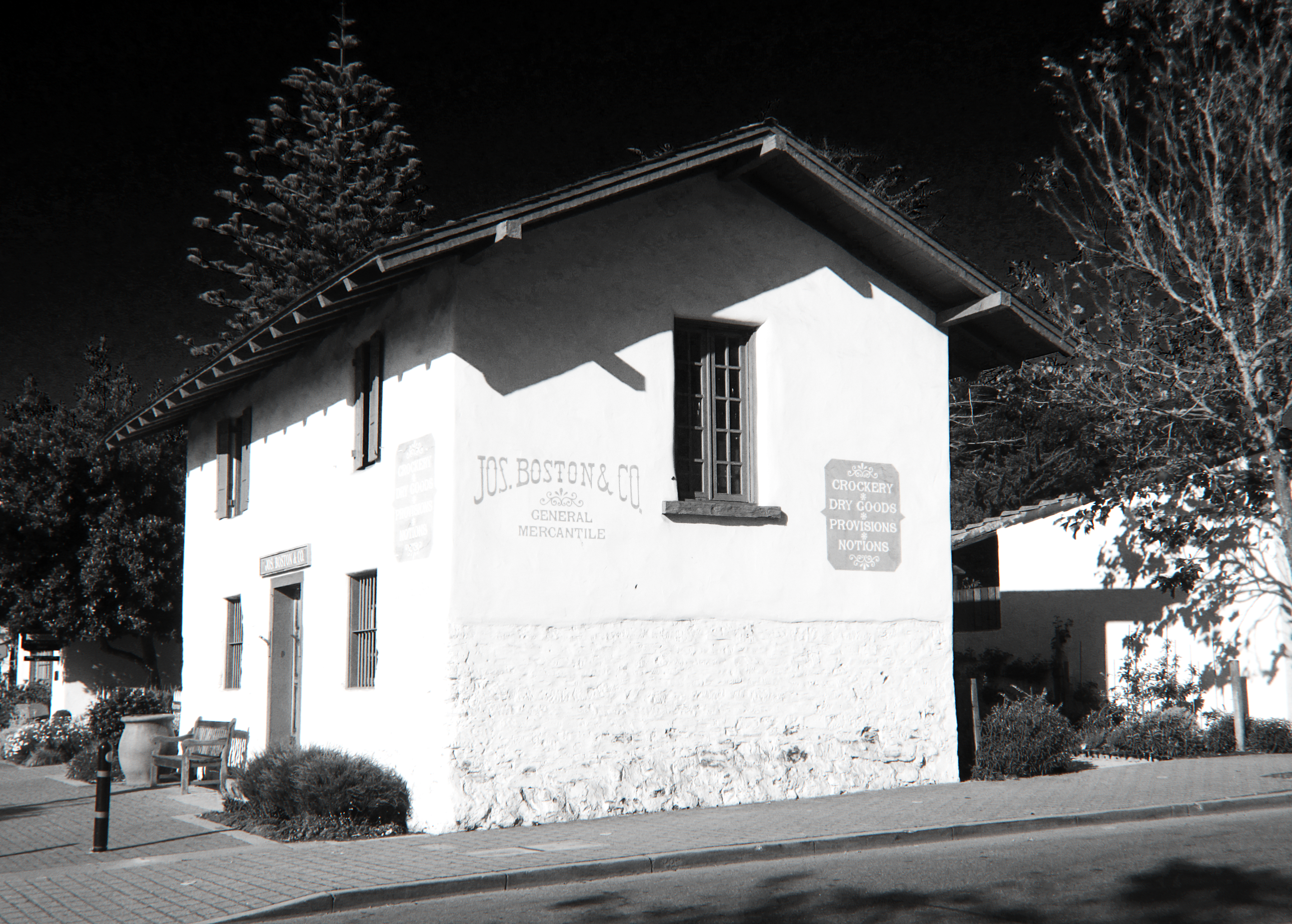Old+House+in+Monterey.jpg
