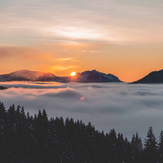 2019_12_03_Sunset_Nuages_Lesgets_Mel_Car