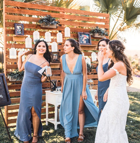 Bridesmaids at Cocktail Hour