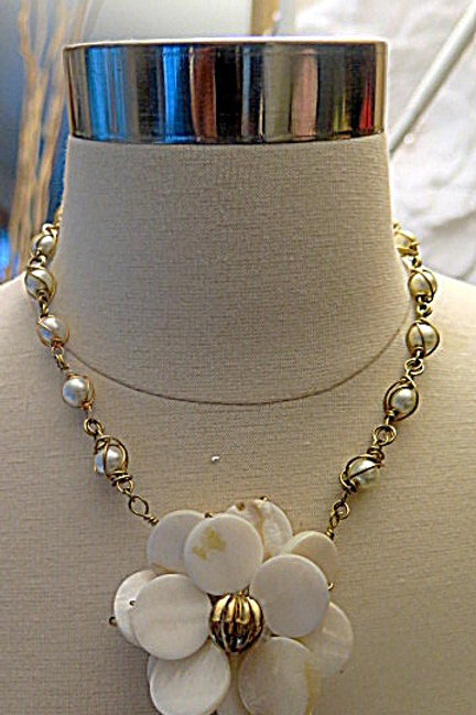 Wire Wrap Floral Necklace