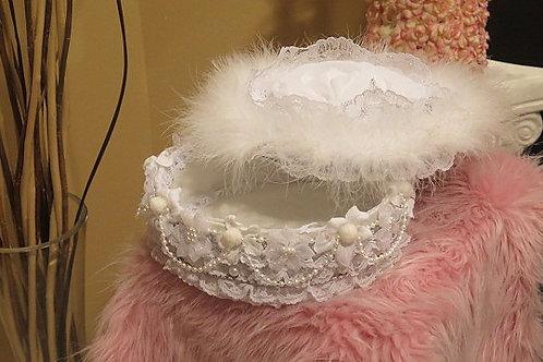 Round Victorian Shabby Chic Box