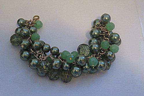 """Reina"" Green Cluster Bracelet"