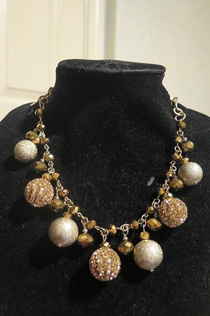 Gold sparkle Tone Necklace
