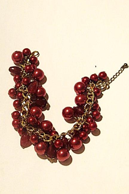 """""""Reina"""" Red Cluster Bracelet"""