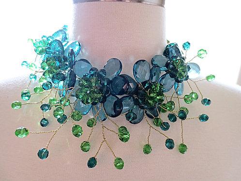 """""""Trixie"""" Floral twist Necklace"""
