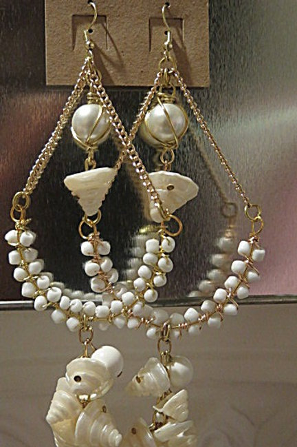 """Victoria"" White Earrings"