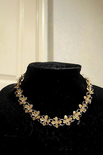 Rhinestone Flower choker Necklace