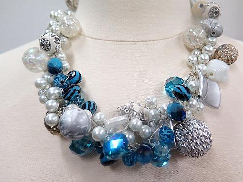 """Xandra"" Crochet Pearls"