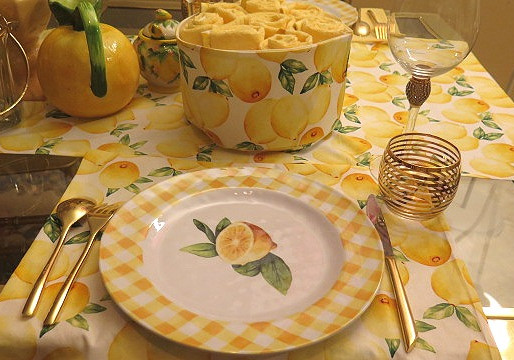 Lemon Theme Dinning table