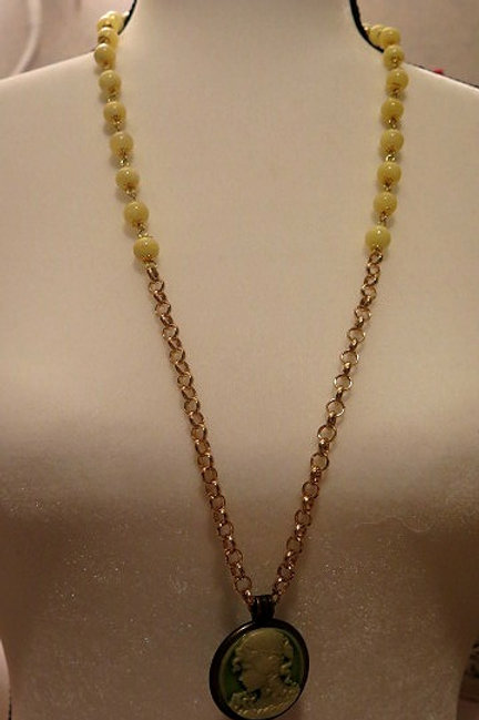 Leona Yellow Necklace