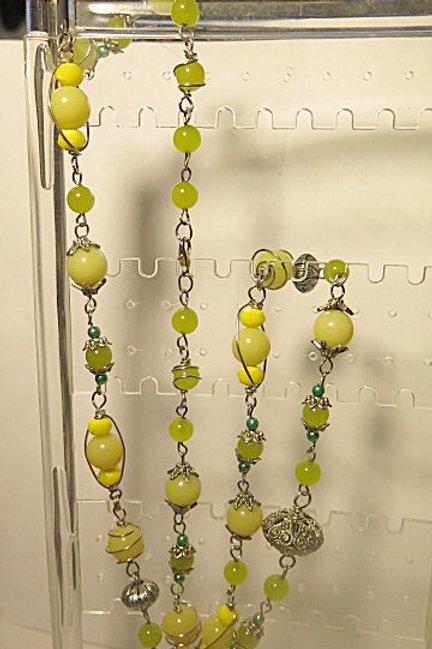 Long green summer necklace