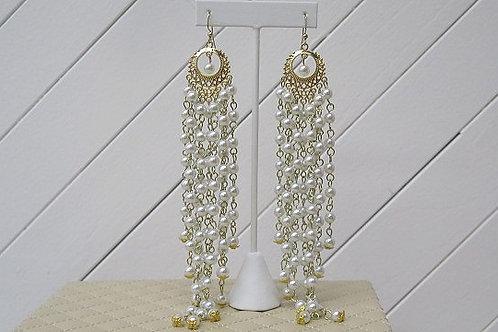 Zelda Pearls Earrings