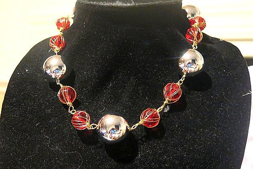 """Diva"" Red Silver Necklace"
