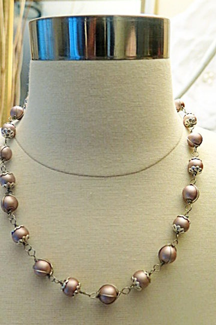"""Leona""Gold Necklace"