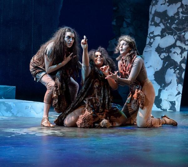Rae Buchanan in Macbeth