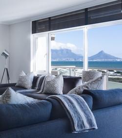 modern-minimalist-lounge-3100785_1280_ed