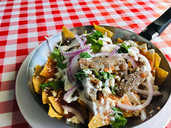 Chilaquiles Arrachera.jpg