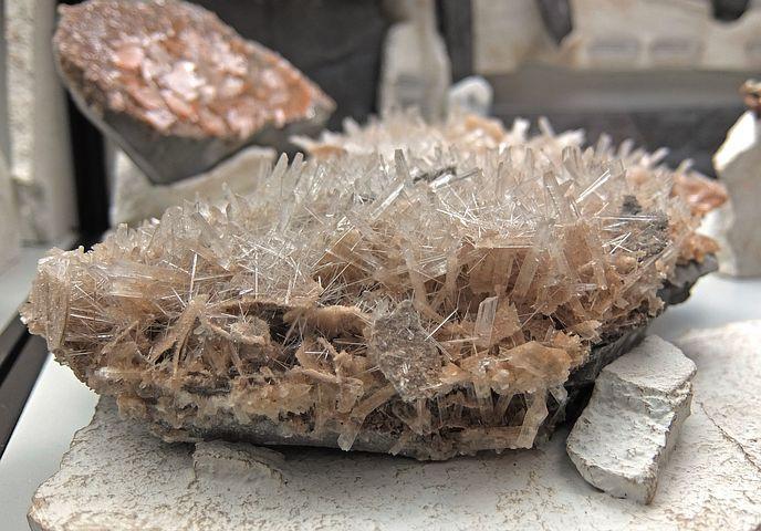 crystal-982247__480.jpg