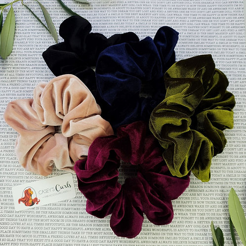 The Deluxe Large Velvet Collection