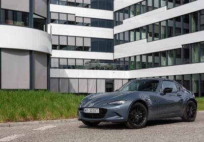 2021_Mazda_MX-5_RF_Poland_still_5.jpg