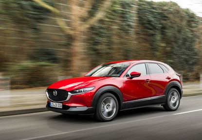 2021 Mazda CX-30 Soul Red Crystal, Actio