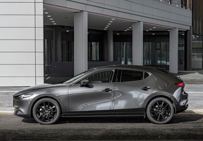 2021 Mazda3 Machine Grey, Static 02.jpg