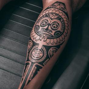 Um tatuador diferente do normal