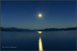 048-1-moon over priest lake.jpg