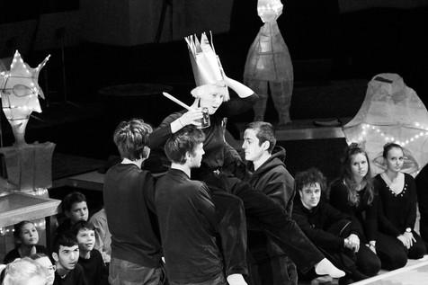 Theaterpädagogik: König ÜBÜ in Jena