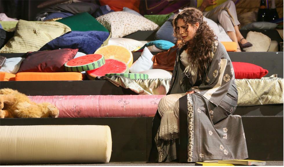 Entführung mit Sarah Jones am Staatstheater Darmstadt