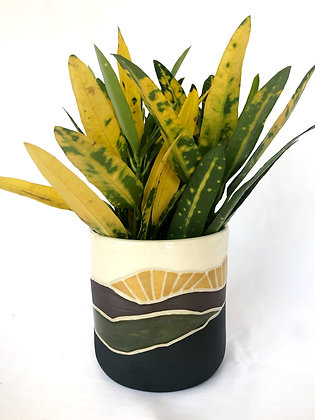 Horizon Planter #10