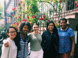 Rudd and August lab grad students visit Dr. Bynoe in her Brooklyn home! We <3 our DGS!
