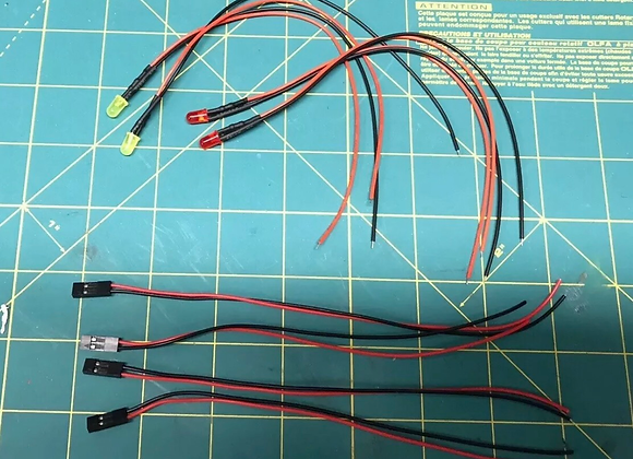 Red and Yellow LEDS With Plugs for WPL JJRC Heng Long