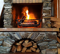 Fireplace Milou_edited.jpg