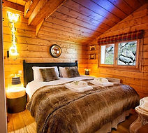 etoile de foret bedroom white room chale