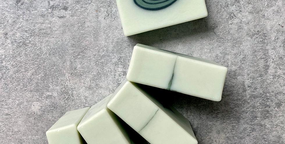 橄欖甜杏修護皂(黑綠水滴) - 95g,100g,105g