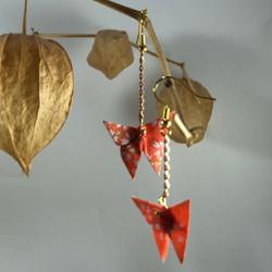 Soya Bean Origami - Boucles d'oreilles papillon Juicy Mango.jpeg