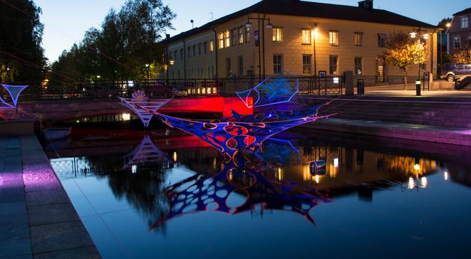 Alingsas LightInSkulpturIvatten.jpg