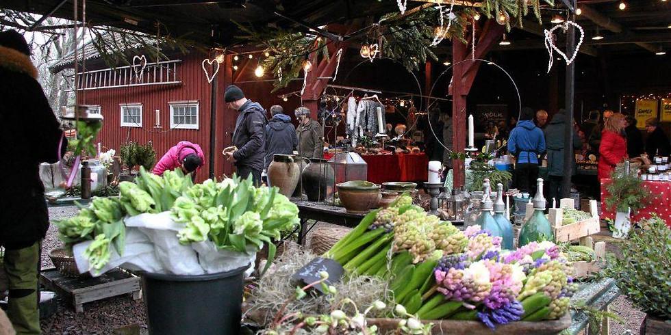 Julmarknad på Tofta & Konsthantverk i Tjuvkil - Christmas Fair at Tofta & Handicraft in Tjuvkil