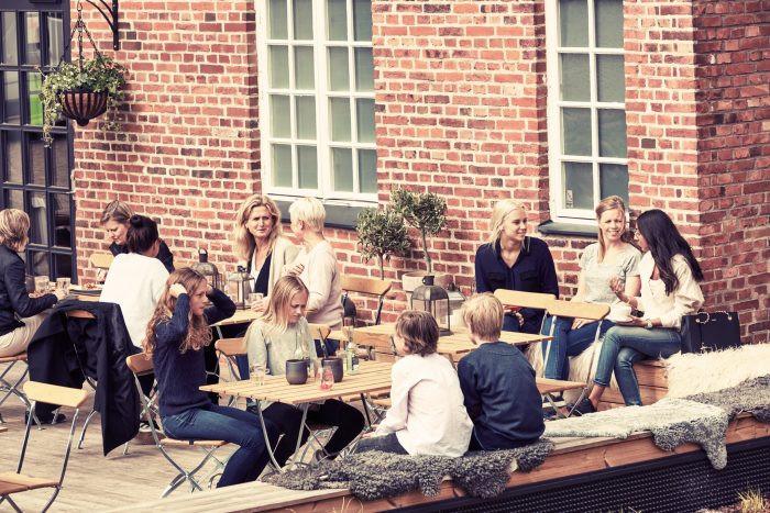 N Fabriker Cafe ute.jpg