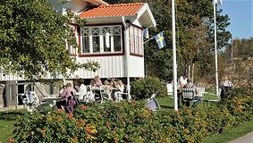 TavlebordsHonungsgård_fika-i-tradgarden
