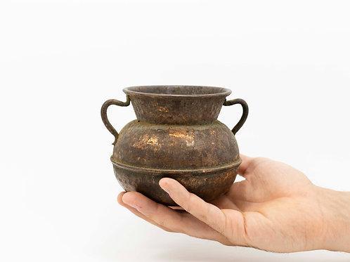 Recipiente de cobre antiguo