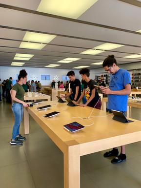 Apple, Temecula CA