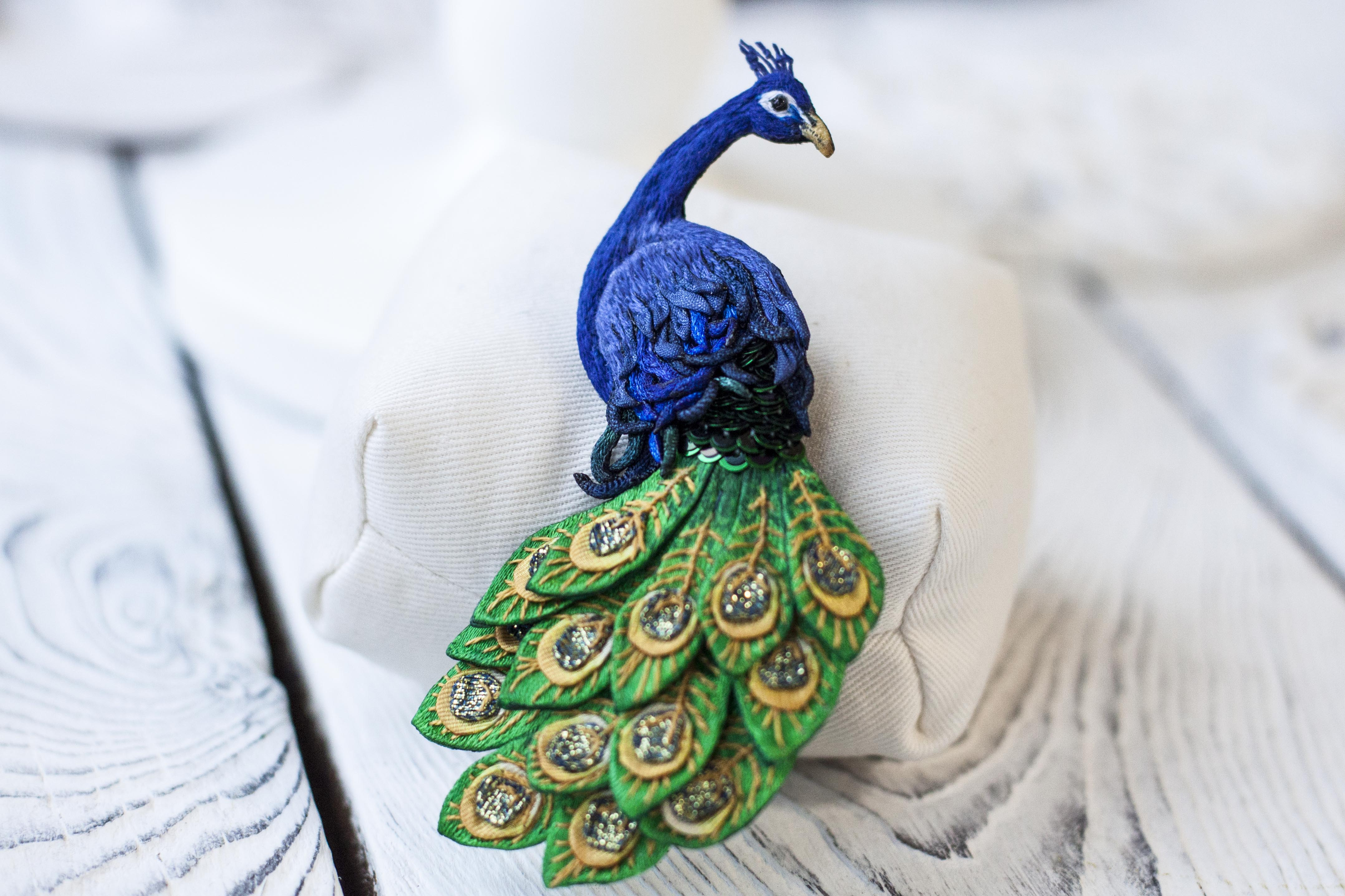 peacock_2_4_s