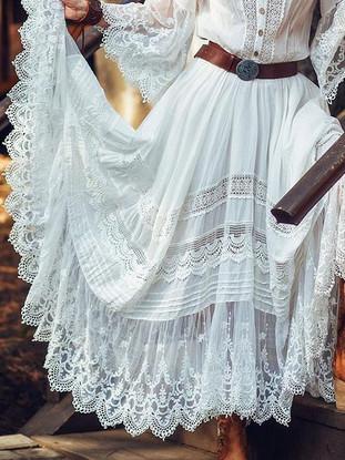 boho-style-maxi-dress-white-with-lace-he