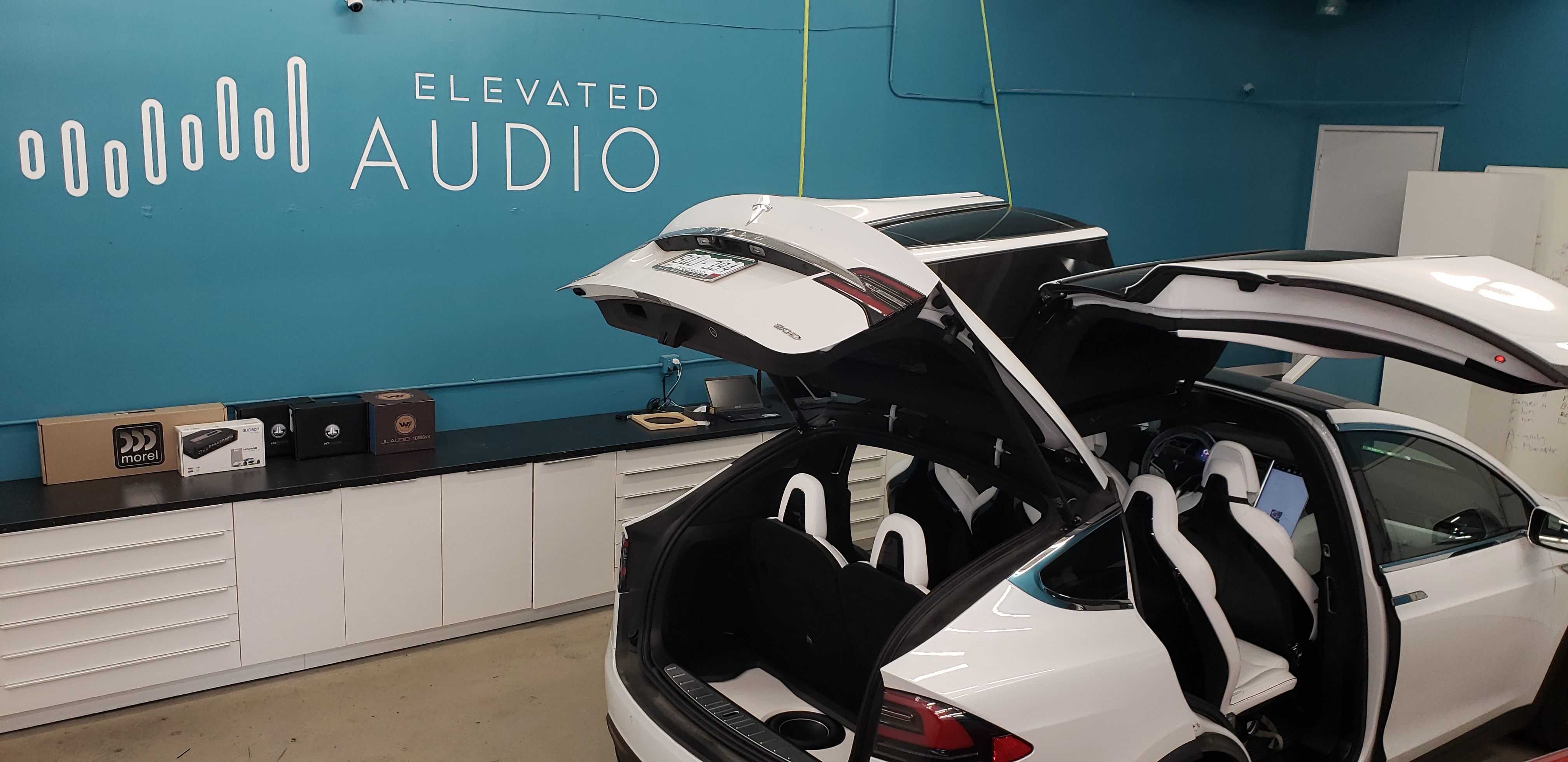 Tesla Model X full Audio Upgrade
