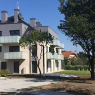 Osiele Przystankowa, Triada-dom