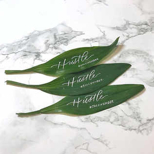 Calligraphy on leaves