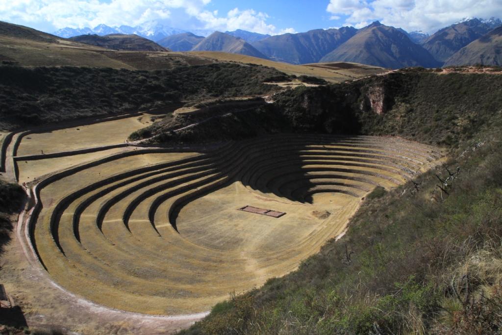 Terrasses_agricoles_circulaires_de_Morray,_Pérou.JPG